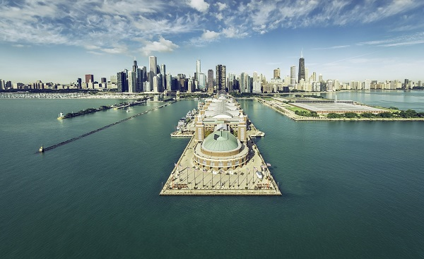 CHI-MARATHON Chicago Skyline aerial view with Navy Pier, vintage colors shutterstock 400299133