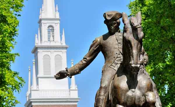 NEW-ENGLAND-PAT Neuengland Boston PaulRevereStatue 31537807
