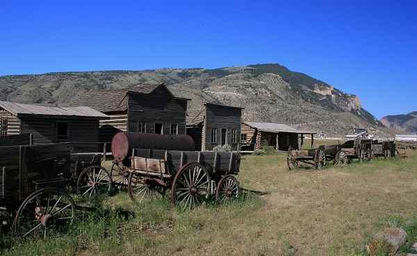 ROCKYMOUNTAINS-YELLOW Wyoming Cody Ghost town 9270820