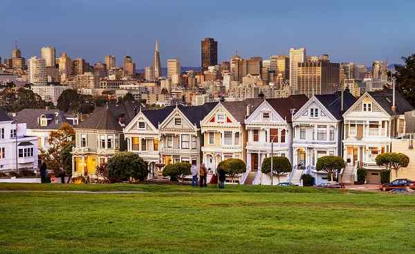 SAN-FRANCISCO-RAIDERS San Francisco Painted-Ladies  159723797