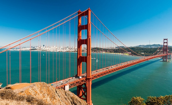 SAN-FRANCISCO-RAIDERS San Francisco Panoramic view of Golden Gate Bridge with downtown 174502907