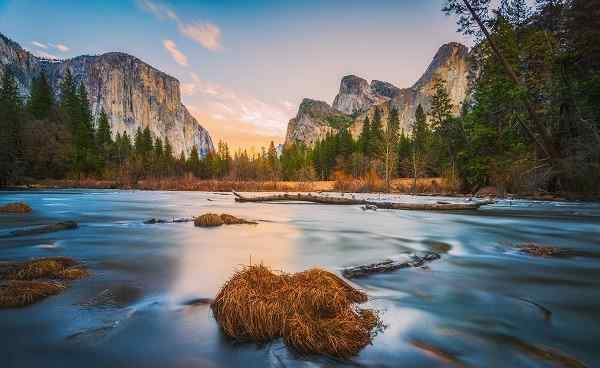 WESTERN-VISIONS Yosemite National park,California,usa shutterstock 394513711